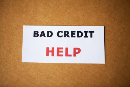 Bad credit, written on a white sheet of paper