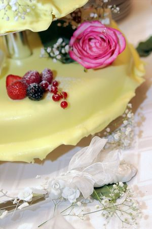 Wedding pie with roses and berries Stock Photo - 3649265