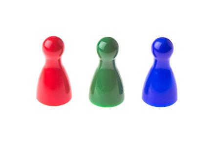 3 つの異なる色で行ゲームの駒