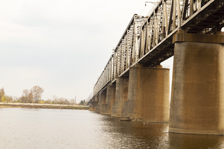 Railway bridge on the Dnieper River in Kiev Ukraine Standard-Bild