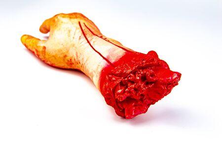 Zombie mangeant à la main avec un cafard - Halloween. Banque d'images