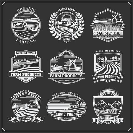 Vector illustration of retro landscapes. Farm fresh food labels, badges, emblems and design elements. Organic, ecology and bio natural design. Set of vintage premium quality labels. Ilustração