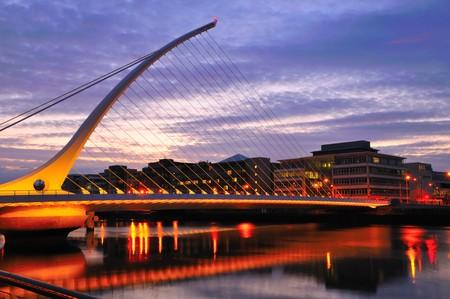 ireland: Samuel Beckett Bridge and sunset Stock Photo