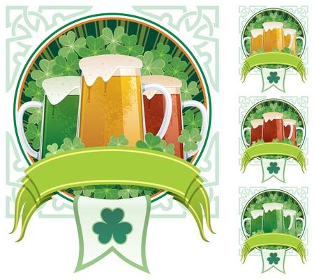 cerveza negra: Tres jarras de cerveza en el fondo de trébol, con copia espacio debajo de ellos. 3 versiones adicionales están incluidos en la derecha. Sin transparencia utilizada. Básicas (lineal) gradientes. Vectores