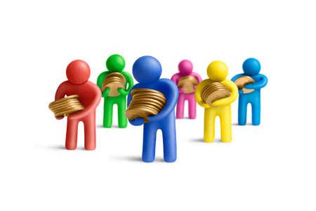 figuras humanas: Multicolores figuras de plastilina humanos con unas pilas de monedas