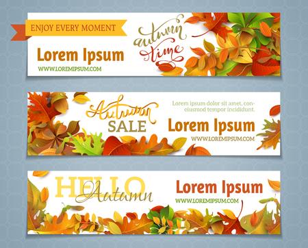 the banner: Vector conjunto de banderas del otoño. Tres plantillas para su diseño. Varias hojas de otoño brillantes y-letras de la mano. Hay lugares para su texto sobre el área blanca.