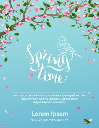 Frühlingszeit. Blüten und Blätter auf Ästen. Fallen Blütenblätter. Vogel-Kontur. Handgeschriebene Pinselschrift. Es gibt Platz für Ihren Text in den Himmel.