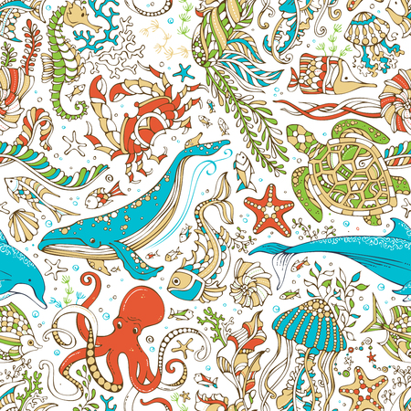 cockleshell: Vector seamless wild sea life pattern. Octopus, whale, dolphin, turtle, fish, starfish, crab, shell, jellyfish, seahorse, algae on white background. Doodles underwater ocean animals and plants.
