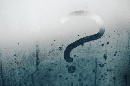 damp: question mark on the misted window