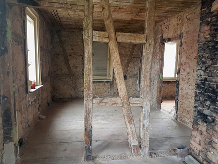 The walls of the old house from the inside Lizenzfreie Bilder
