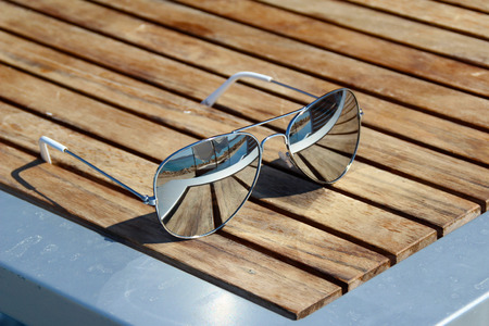 Sunglasses Standard-Bild - 111689850