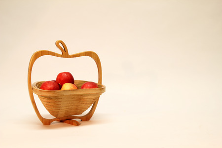 Autumn still life / Apple in a basket Standard-Bild - 111689796