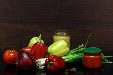 Herbststilleben  Verschiedene Gemüse auf dem Tisch