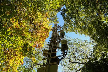 Radio mast / Communication towers Standard-Bild - 111689812