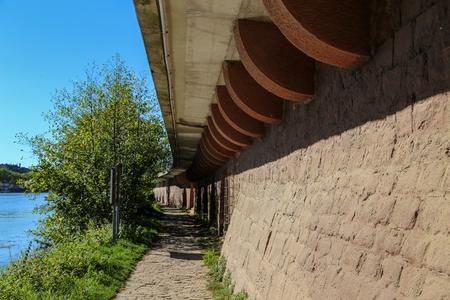 Wall  Wall of sandstone Standard-Bild - 110943535