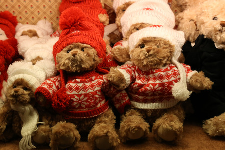 Childrens toy / Teddy bear. Plush toys in a shop window. Standard-Bild - 111689698
