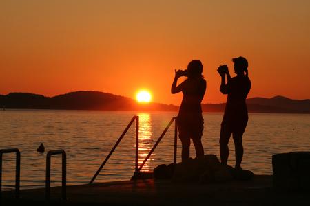 Sommerlandschaft / Sonnenuntergang auf der Adria Standard-Bild - 92980250