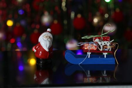 Weihnachten / schöne Weihnachten und neue Sommerszene Standard-Bild - 93748226