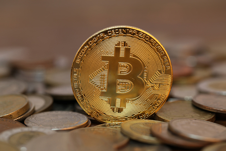 Bitcoin. Physical bit coin. Digital currency. Crypto currency. Standard-Bild - 111689170