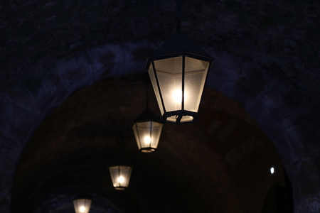 Old lamps. A number of luminaries in the underpass. 스톡 콘텐츠