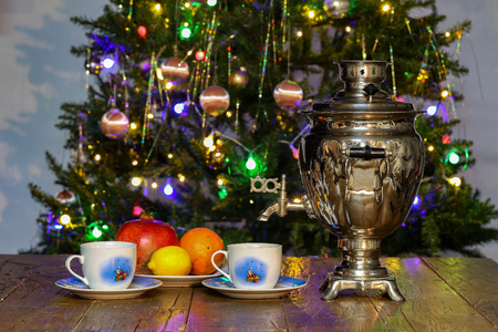 Christmas composition with dressed Christmas tree in the background. Standard-Bild - 114667079