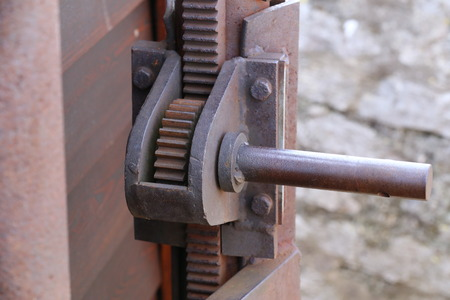 Gear transmission from metal in the old mechanism. Reklamní fotografie