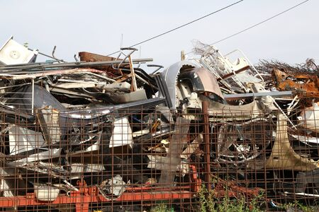 Scrap metal pile junk yard waste for recycling environment 免版税图像