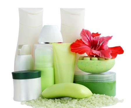 Raccolta di cosmetici per il bagno su bianco Archivio Fotografico - 8772551