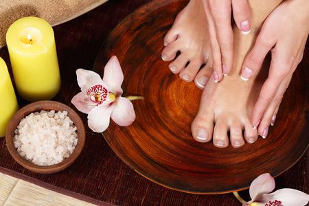 Produit pour pieds féminins