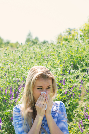 Allergic reaction to seasonal flowering of plants