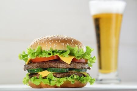 life loaf: Burger beer