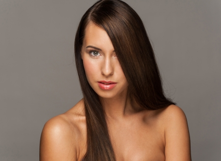 Brown Hair. Beautiful Woman with Healthy Long Hair Stock Photo - 16802917