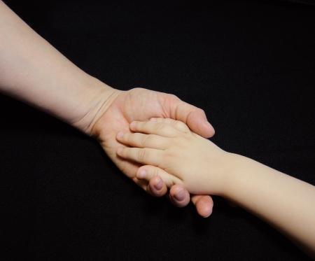 Anya csak kézzel, hogy a gyermek a fekete háttér, Hands, Családi