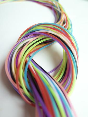 Abbildung Der Drähte Der Verschiedenen Farbe Weben Untereinander ...