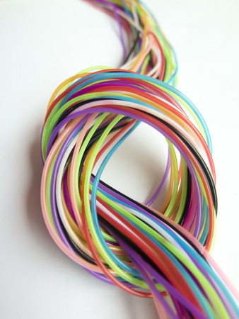lagging: ropes of different colors are tied up. it is seen as a lagging node