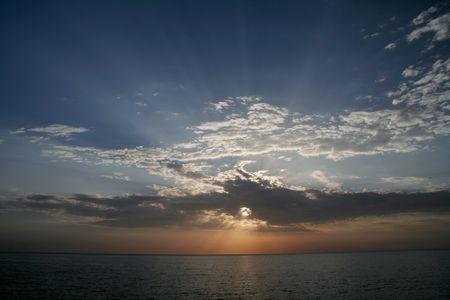 persian gulf: Beautiful sunrise under Persian Gulf