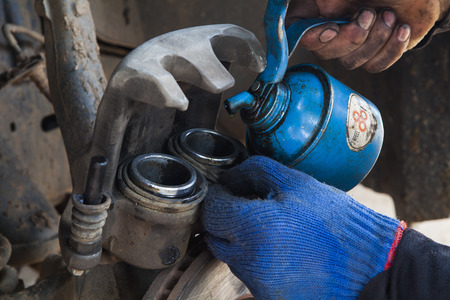 brake caliper: Removing Brake Caliper