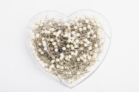 pinhead: Heart pin