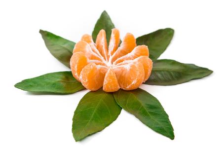 mandarine: Fresh orange mandarine with leaf isolated on white background