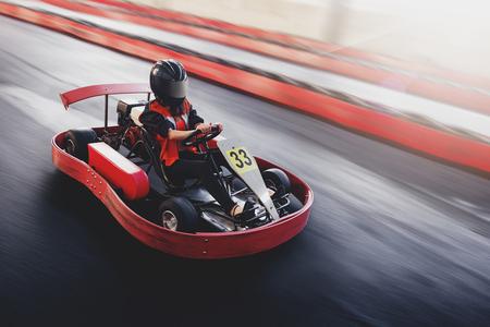 Go kart speed rive indor race oposition race Foto de archivo