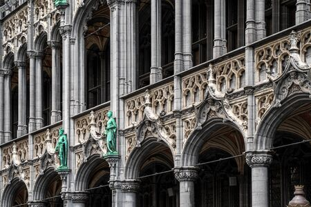 Architecture exterior details on central square near town hall in old town city of Brussels, Belgium Imagens