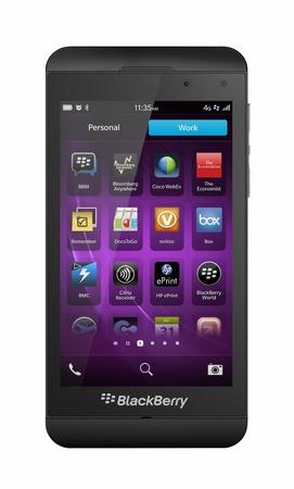 電源電話ブラックベリー Z10 は、ブランドの新しいジェスチャー ベースのインターフェイスとパワフルなデュアルコア Cpu をサポート現代オペレーテ