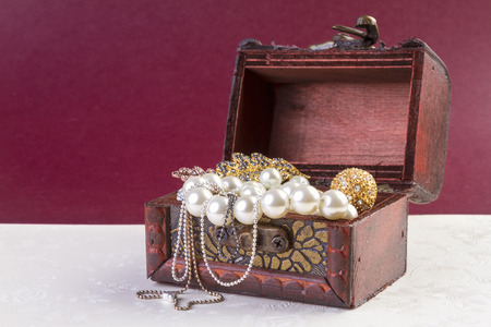 jewellery box: Jewelry Concept - Concept or Metaphor for selling old pearls and gold jewelry for cash