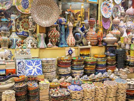 suq: Colourful Turkish ceramics in the Grand Bazaar, Istanbul