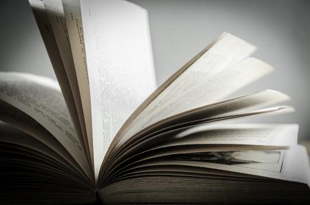 Old Fashioned Open Book Lighted Vintage Background  Stok Fotoğraf