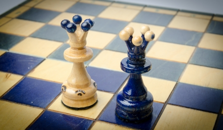 chellange: Chess pieces