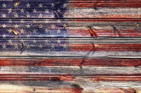 木製の背景にグランジ アメリカ国旗