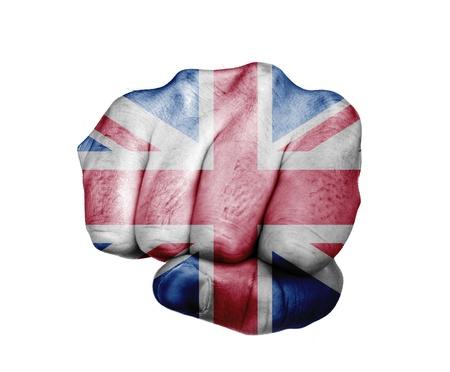 イギリスの国旗の色に塗られた拳の低キー画像