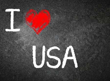 I love USA, written on a blackboard.