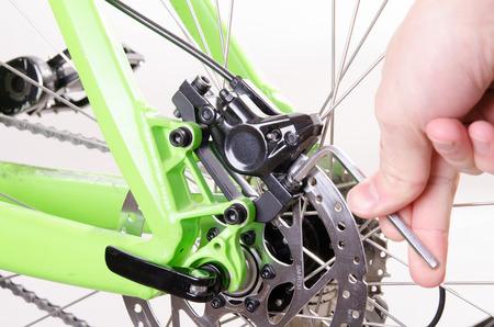 bicycle repair bicycle or preparing for the season, Set the brake
